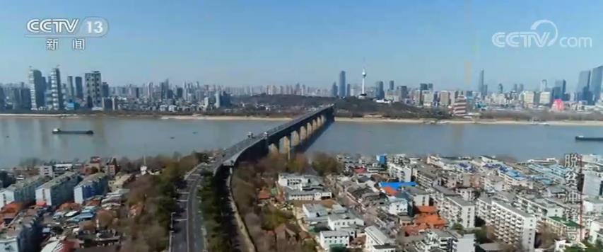 新闻调查·脱贫冲锋号 | 中国的脱贫攻坚,是各行各业无数人努力汇成的森林