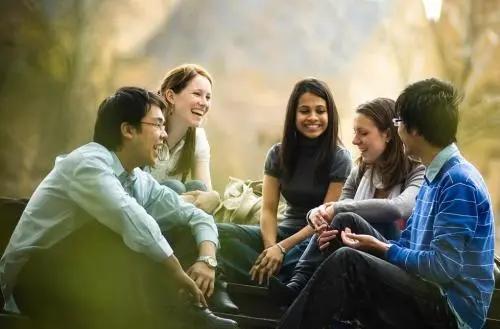 女孩子出国留学不安全!太危险!怎么办?