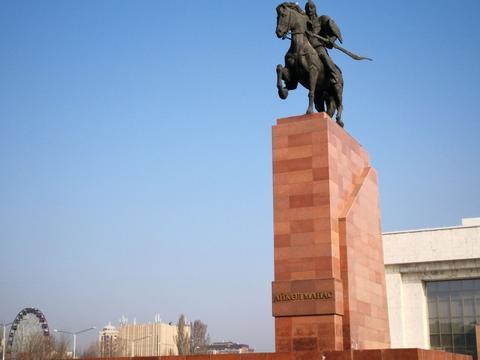 游览 中亚 吉尔吉斯斯坦 比什凯克 阿拉图广场