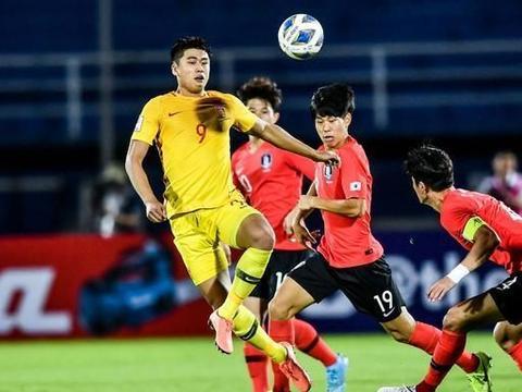 北京国安队2-2战平武汉卓尔 张玉宁等本土球员表现出色