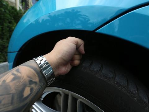 牛X评测:高性能SUV赢在尺寸保时捷Macan S:谁说我是进口Q5!