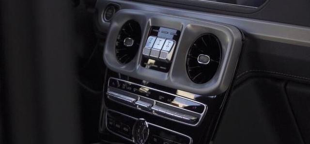 全新奔驰G350正式上市 售价142.98万元