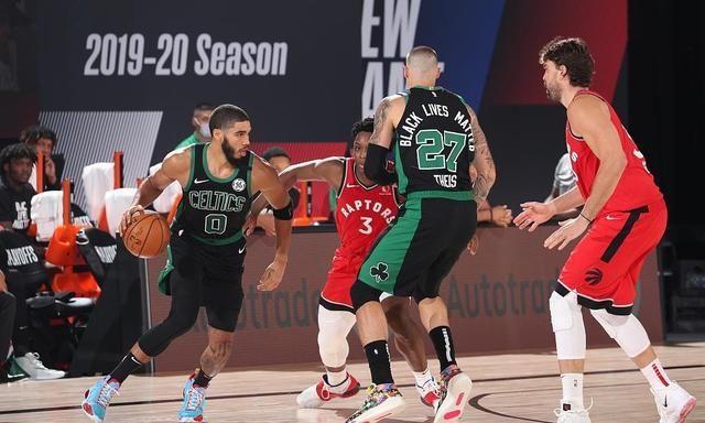 NBA季后赛东部半决赛波士顿凯尔特人队与多伦多猛龙队上演天王山之战