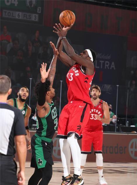 NBA季后赛仍然在激战之中,备受关注的卫冕冠军猛龙队和年轻的凯尔特人队迎来天王山之战