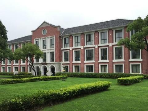 上海交大风景园林学费大幅上涨,从4万涨到12万,家长:上不起