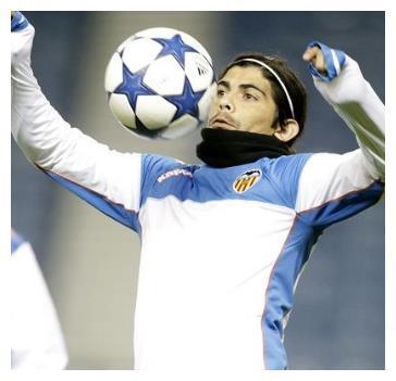 """阿根廷球星巴内加:两次录像带泄露事件,让他的""""勇猛""""引起轰动"""
