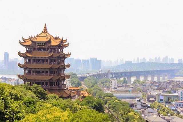 号称东湖之城 2020年上半年GDP开长沙 赶上天津