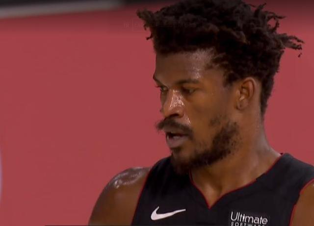 NBA季后赛继续进行,雄鹿对阵热火G5的比赛正式打响