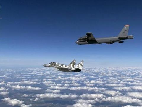 """美军3架远轰首次""""突袭""""克里米亚半岛,还开着应答机,"""