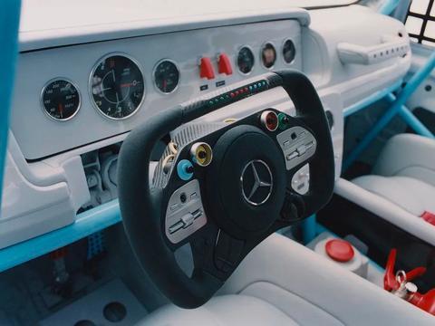 联名上瘾?梅赛德斯-奔驰与Virgil Abloh合作G级艺术概念车亮相
