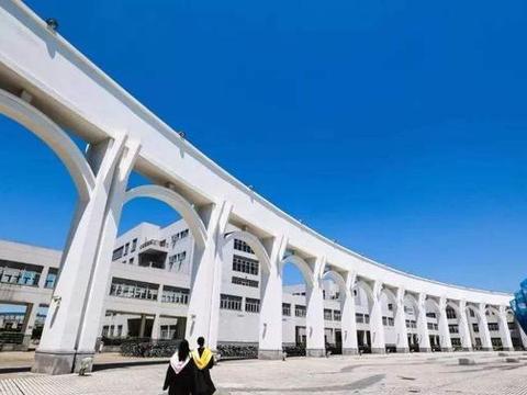 上海被低估的大学,是多科性财经外语类大学,曾多次改名