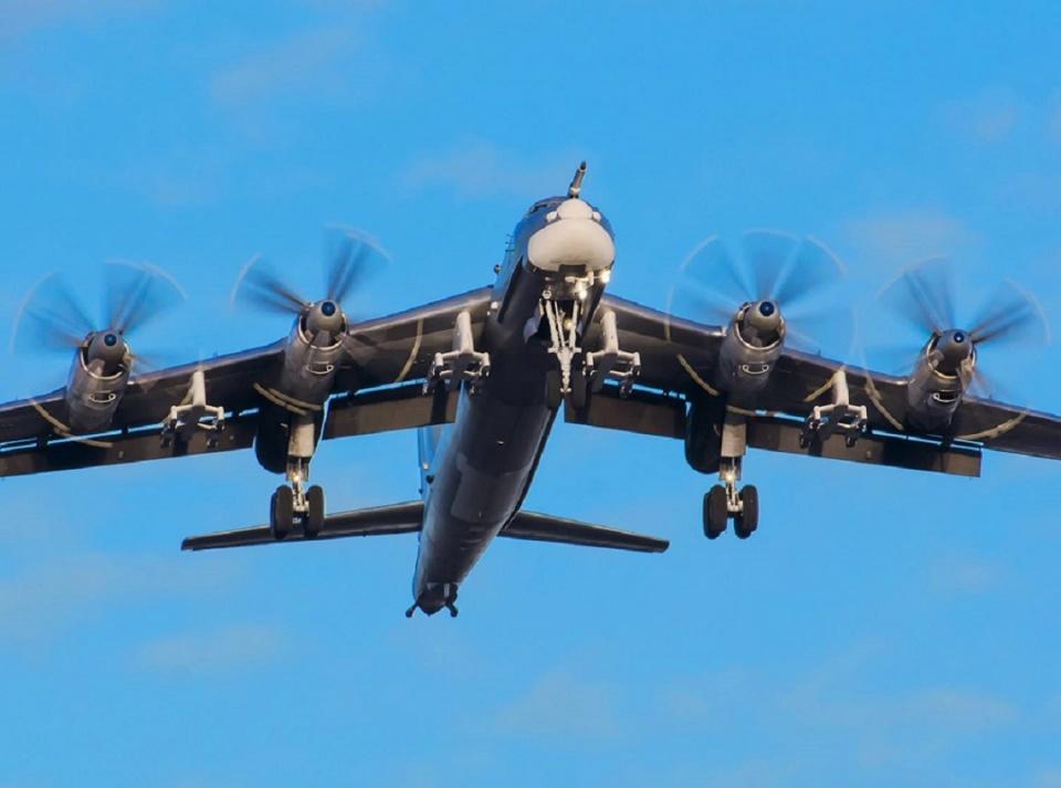 <strong>世界上最远的轰炸机有多强?全球攻击很</strong>