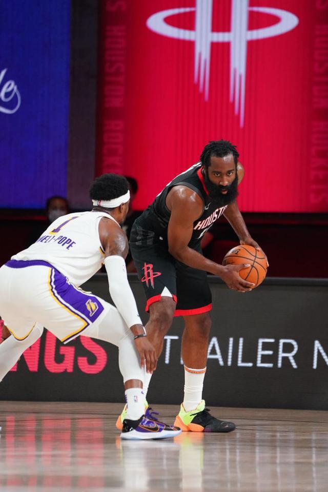 NBA季后赛继续进行,东部猛龙队用两个加时战胜了凯尔特人队