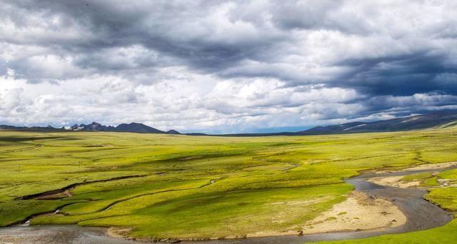 成都至阿坝自驾游:游览九寨沟 游览藏族
