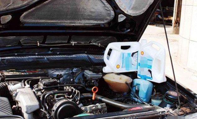 防冻液多久一换?良心维修工告诉你:超过时间小心发动机报废