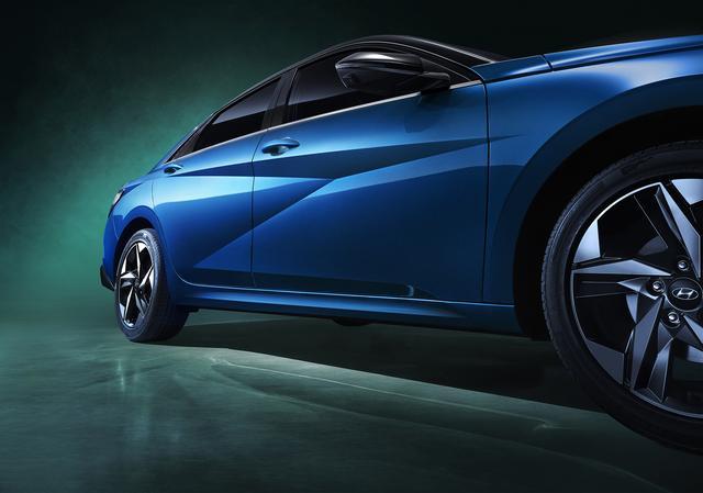 外观造型更前卫 全新现代伊兰特官图发布 预计北京车展首发