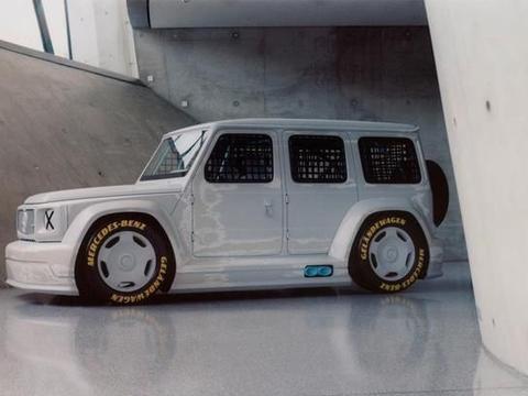 梅赛德斯奔驰G系X Virgil Abloh跨界艺术车近期正式发布