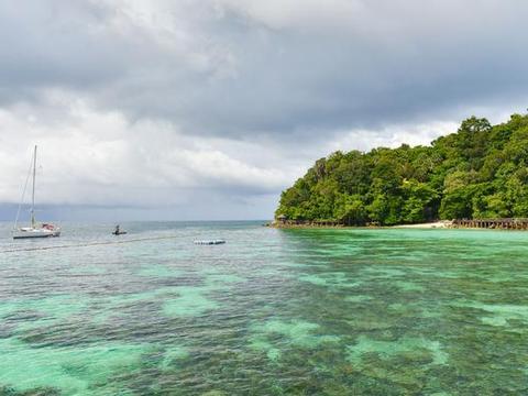 兰卡威热门潜水胜地,被定为海洋公园,还能看到鲨鱼