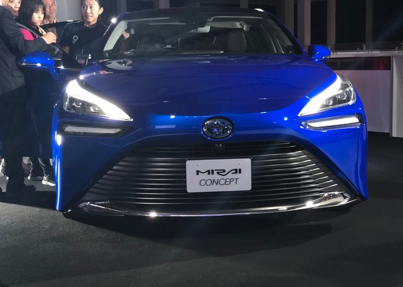 采用氢燃料电池、续航可达644km 第二代丰田Mirai将亮相北京车展