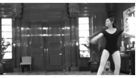 刘銮雄女儿晒跳舞视频,意外曝光3亿豪宅内景,露天泳池面积超大