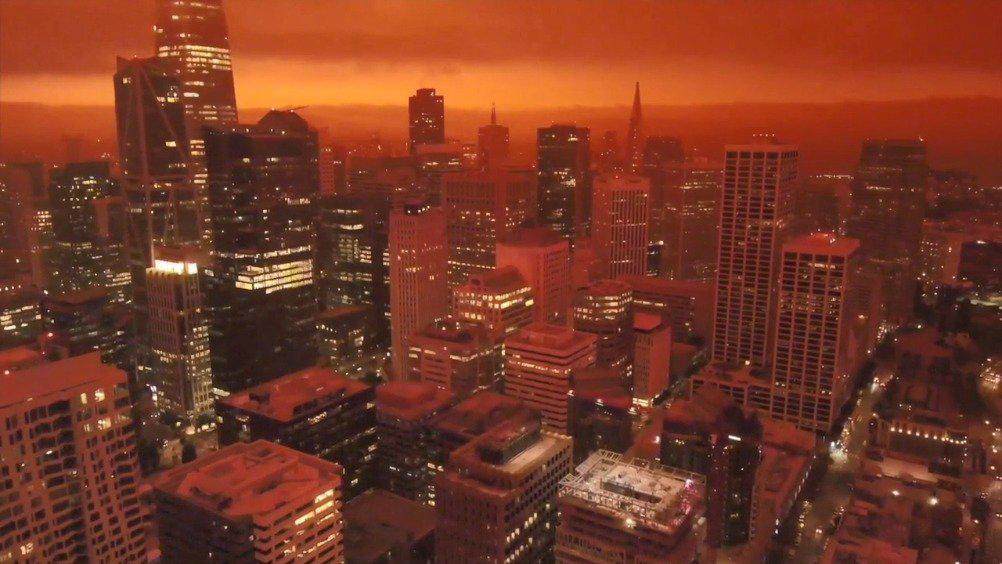 末日来袭!旧金山受山火影响漫天红色