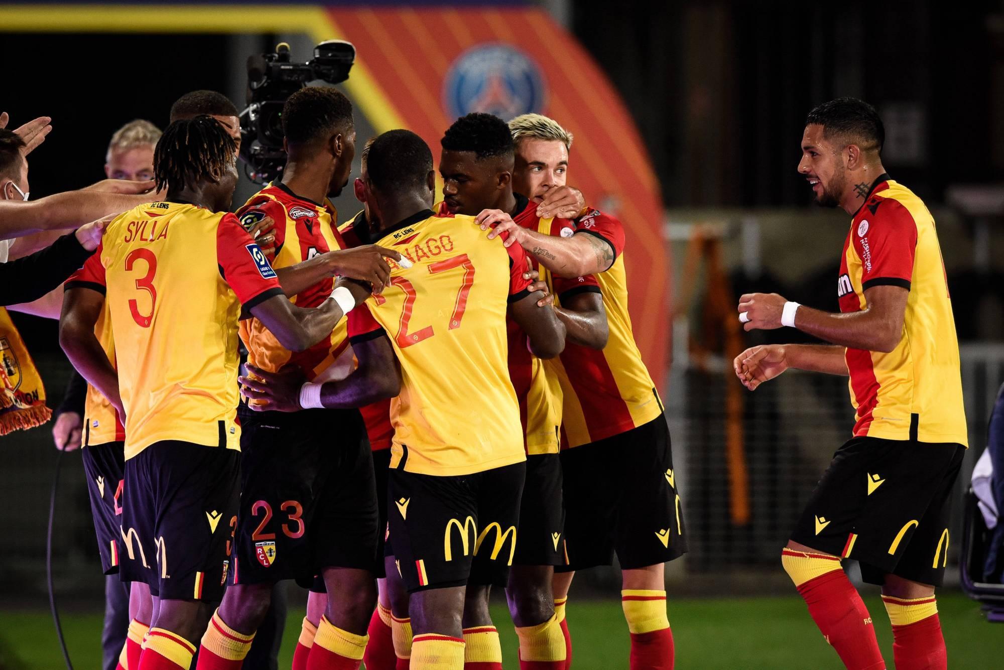 法甲第二轮诞生了一场神奇的比赛,升班马朗斯1-0战胜法甲霸主大巴黎