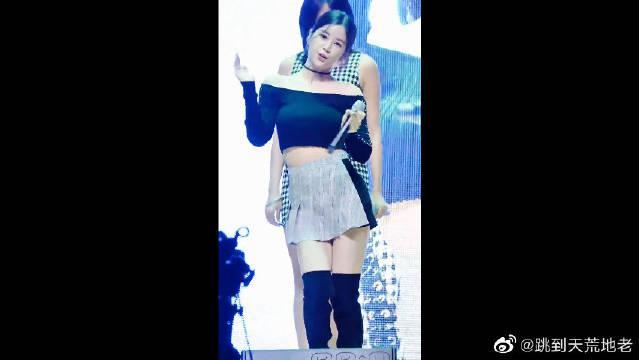 孙娜恩、吴夏荣她两身材绝了呀!爱了爱了!