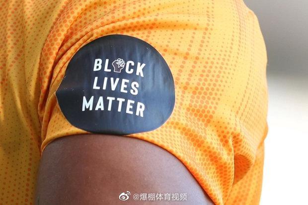 """球员们已经同意放弃在球衣上使用 """"Black Lives Matter"""""""