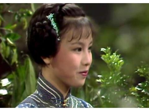 """八版程灵素对比,李嘉欣雷死人,钟欣桐被誉为""""史上最美程灵素"""""""