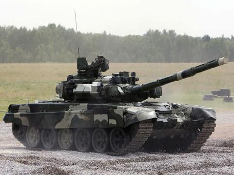印度装甲部队中出现频率最高的外国武器,俄军T-90主战坦克