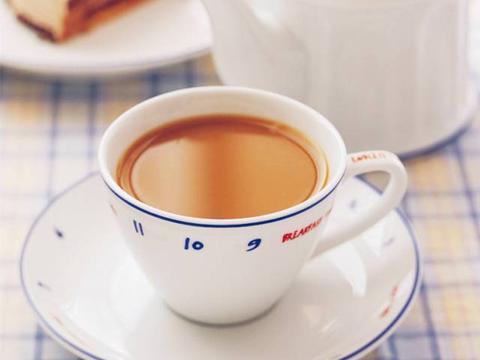 美食精选:英式奶茶,小葱米豆腐,香芋红薯粥,风味小炒鸡的做法