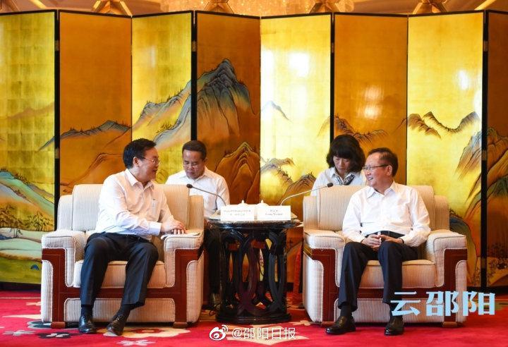 龚文密刘事青分别会见本·印塔巴迪:深化务实合作