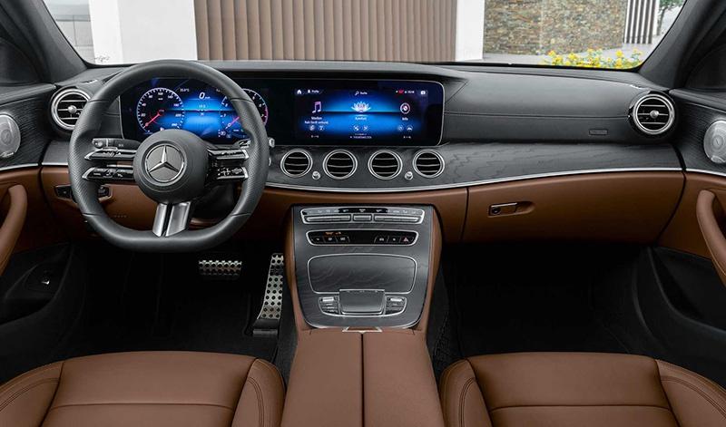 新款奔驰E级标轴版实车,换装新前脸