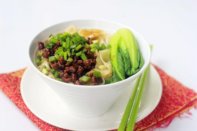 白露后,多吃这碗面,劲道爽滑真耐饿,比牛肉面好吃多了