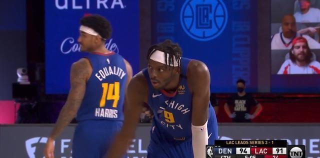 NBA季后赛继续进行,洛杉矶快船和丹佛掘金进行第5场比赛的较量