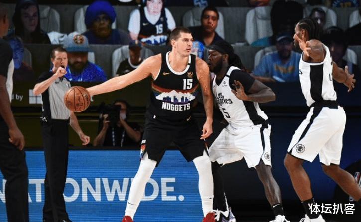 NBA季后赛继续进行,快船和掘金打响G4对决,一度,掘金落后多达18分