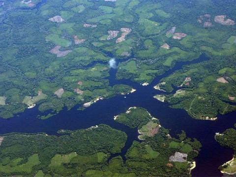 全长6440公里,最窄处仅12公里,亚马逊河为何至今仍无桥梁