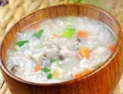 养生粥分享:大米燕麦粥、胡萝卜瘦肉粥、健脾养胃粥的简单做法