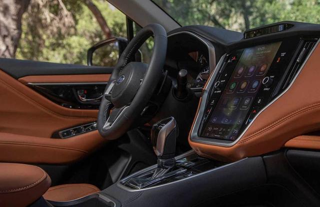 纯进口四驱B级轿车 标配2.5L动力 优惠完仅19万起