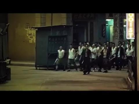 追龙:黑帮打架,防暴警察来整顿,刘德华霸气留人!
