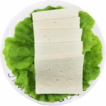 三块正宗卤水豆腐就能做出一顿丰盛的午餐,一碗米饭都不够