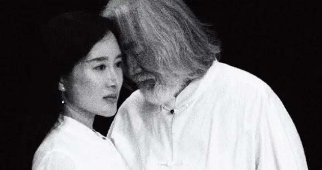 张纪中承认再婚,小30岁娇妻曾否认小三!前妻樊馨蔓是马云恩人