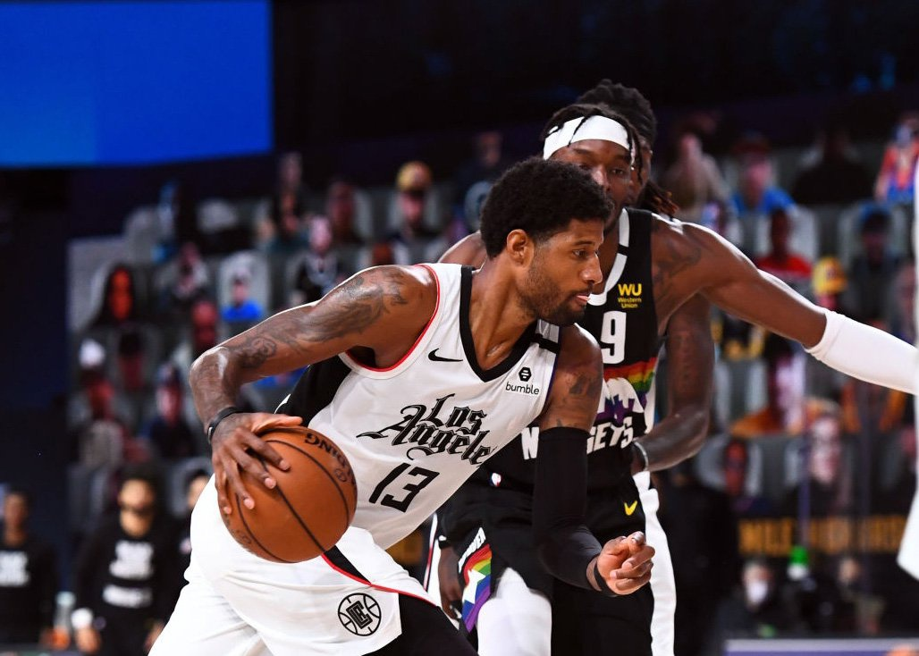 NBA季后赛西部半决赛继续进行,快船和掘金的第六场大战