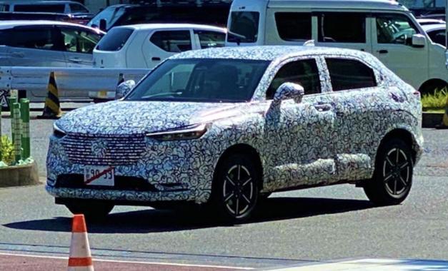 新一代缤智谍照曝光,轿跑SUV上线,还有混动版