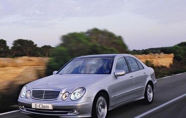 北京奔驰第300万辆整车里程碑,中期改款国产奔驰E级正式下线