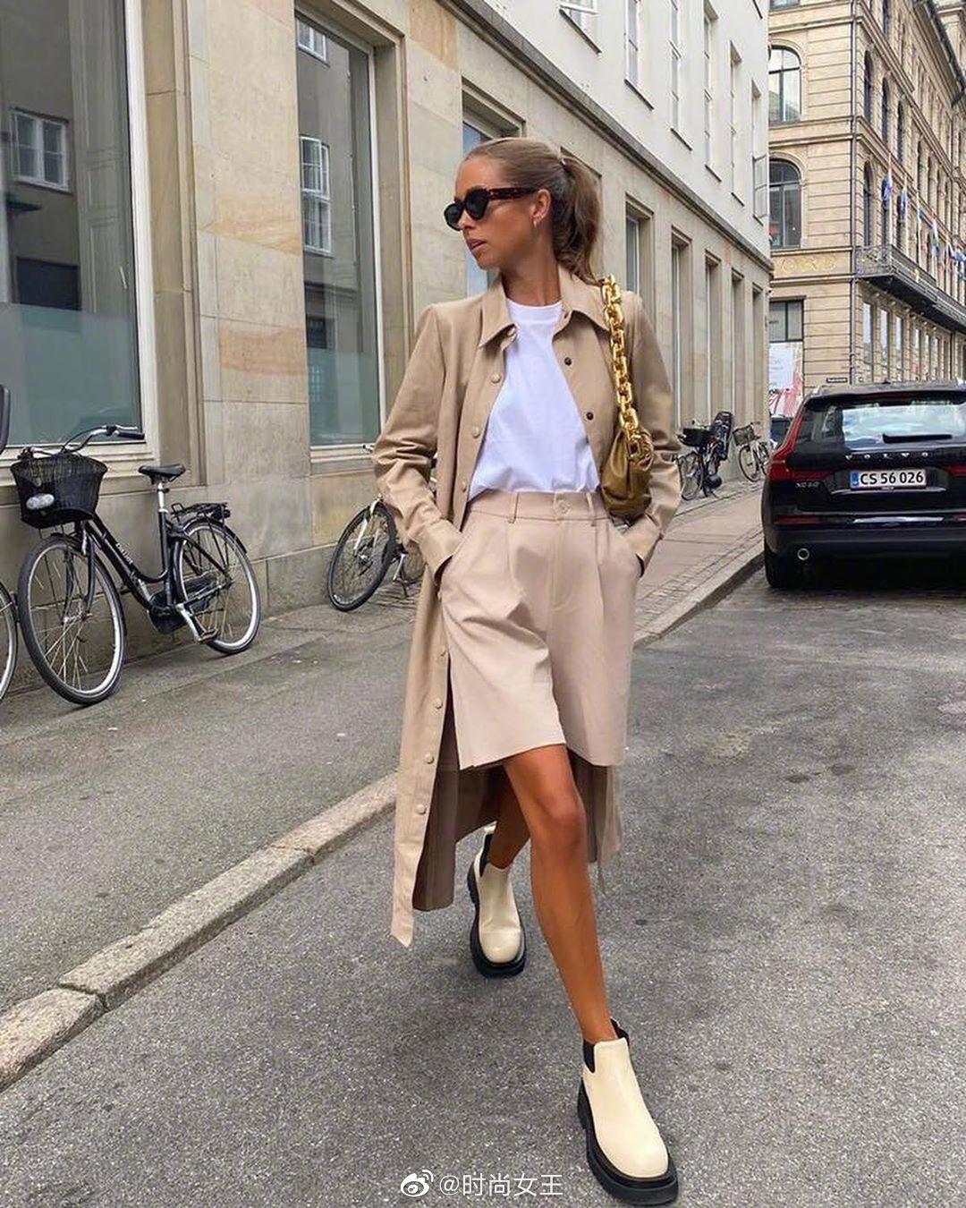 今年初秋的穿搭必备时尚单品短靴一定能排上榜单!