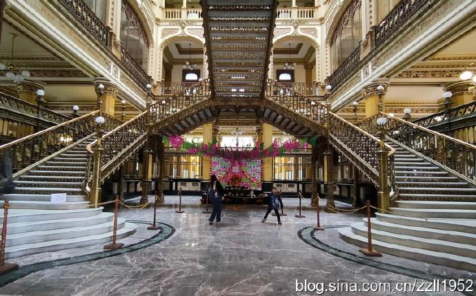 墨西哥城(37)中央邮局美轮美奂,瓷砖之家餐厅