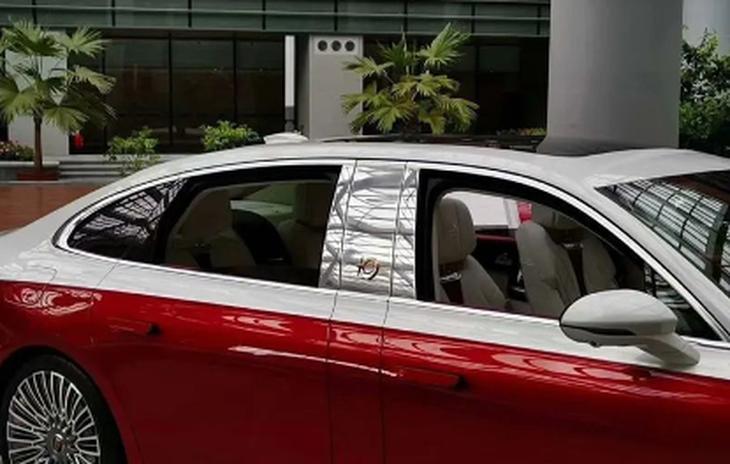 红旗H9+实车图曝光 气场不输迈巴赫
