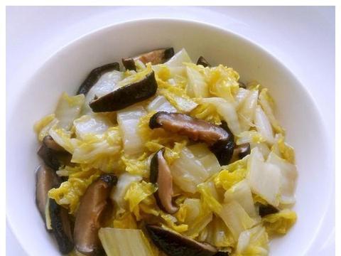 精选美食:炒杂锦斋菜,培根炒圆白菜,娃娃菜炒香菇,醋溜辣椒
