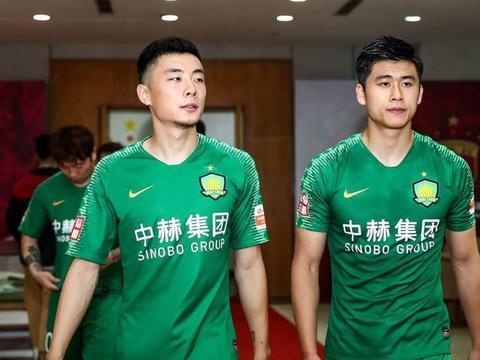 CCTV5直播国安VS河北,李磊首发冲小组第一,当心潘喜明剪刀腿